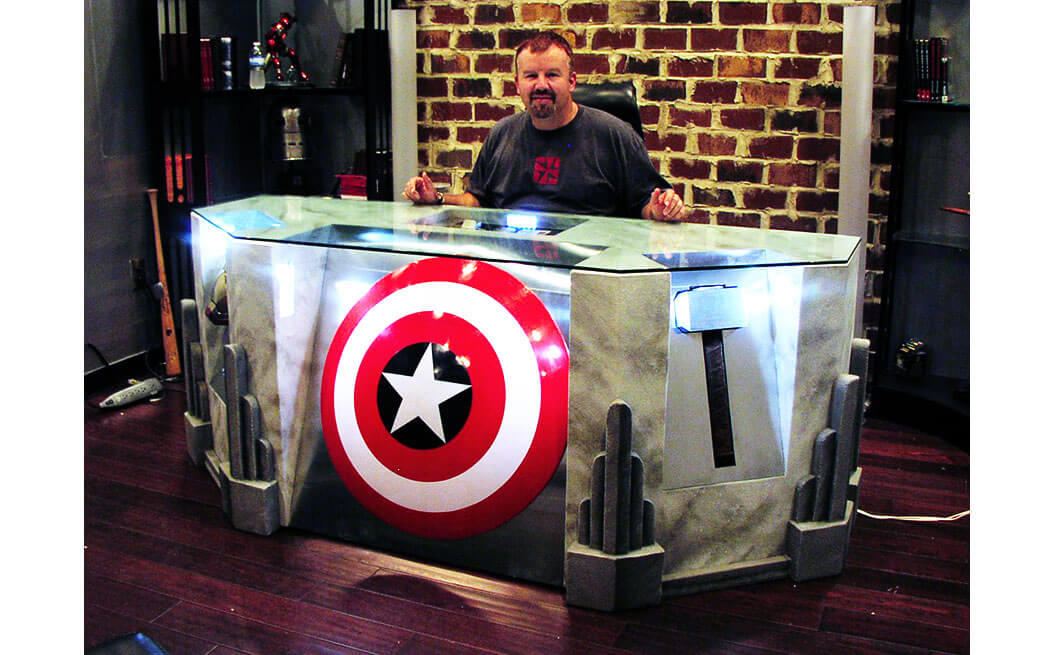 avengers-desk-with-glass-2