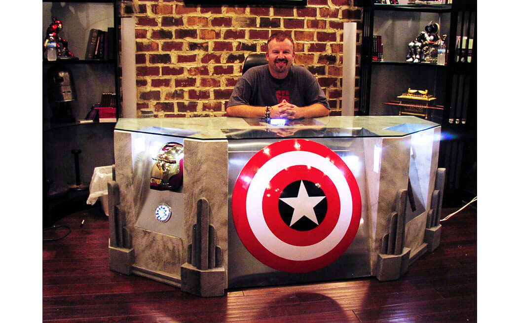 avengers-desk-with-glass