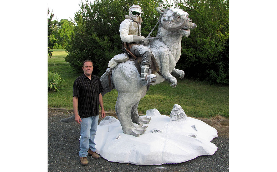luke-skywalker-on-tauntaun-2
